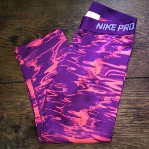 Nike Pro leggings - cropped